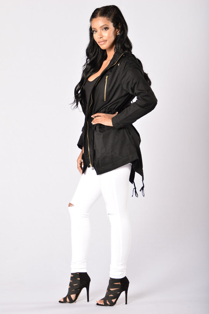 Wanderer Jacket - Black