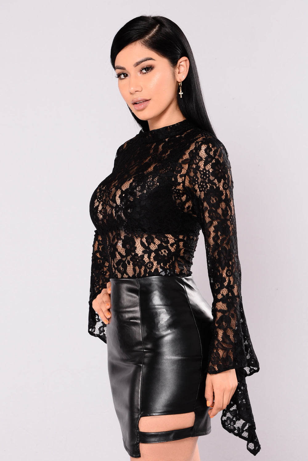 Cindy Bell Sleeve Stretch Lace Bodysuit - Black