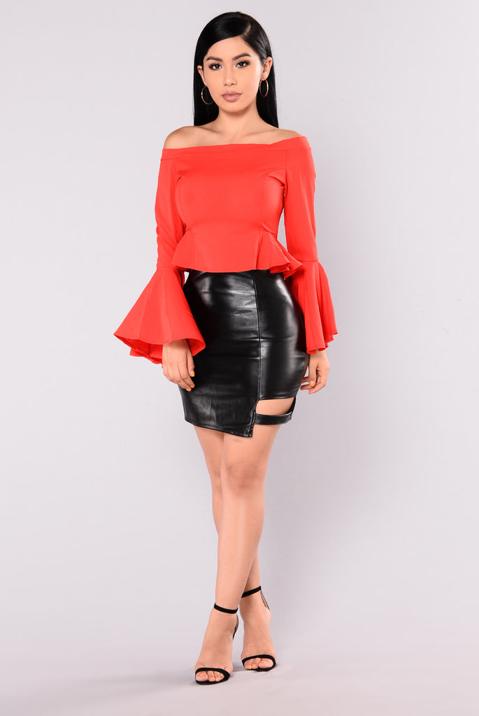 Find A Way Bell Sleeve Top - Red