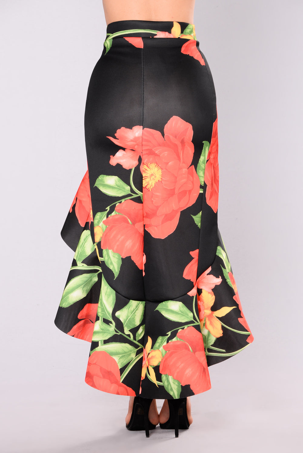 Rose Bouquet Ruffle Skirt - Black