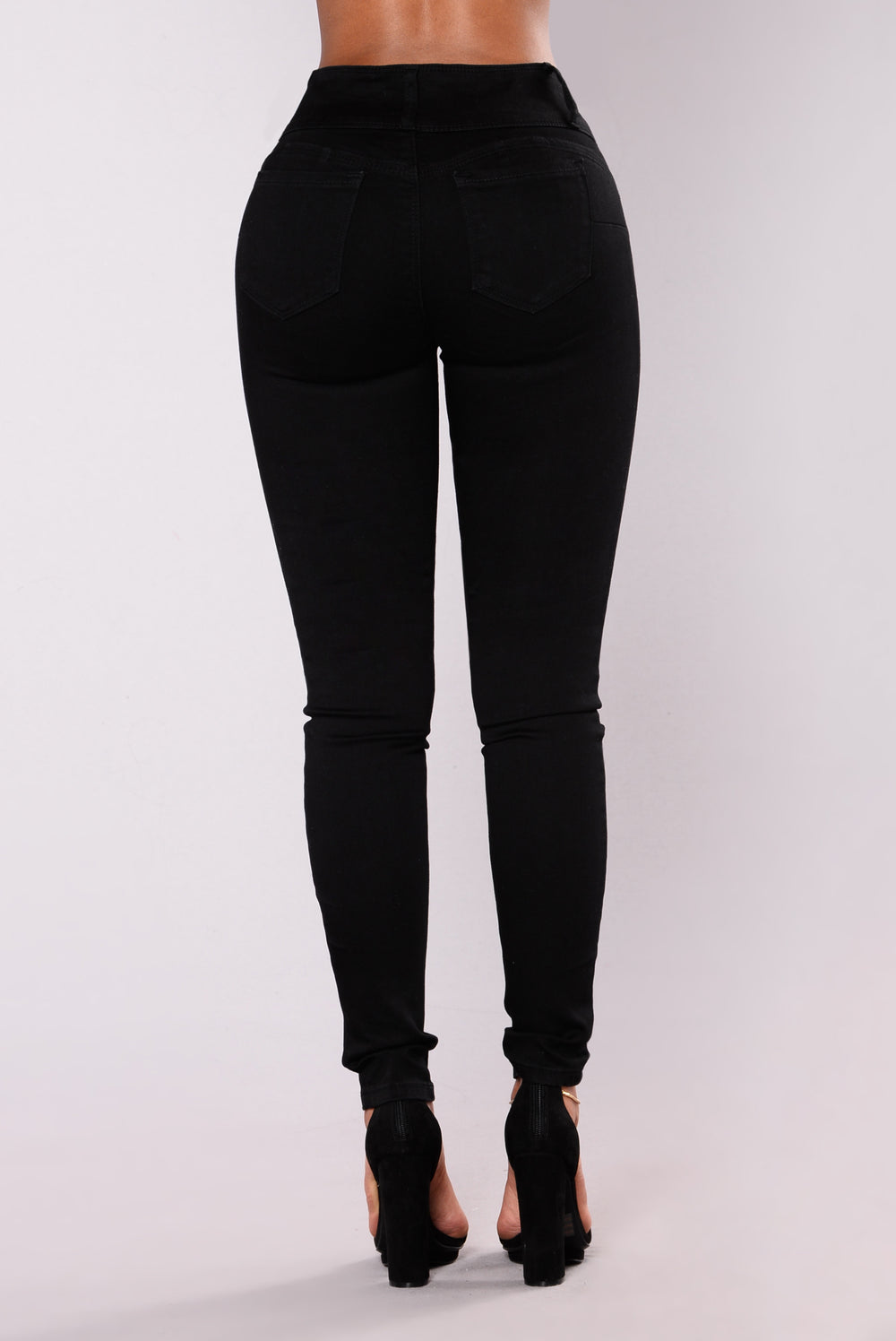 Round Of Applause Booty Shaped Jeans - Black-2927