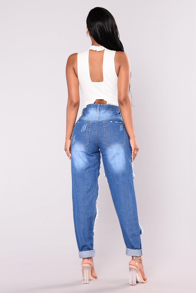 Something Tells Me Boyfriend Jeans - Medium Blue
