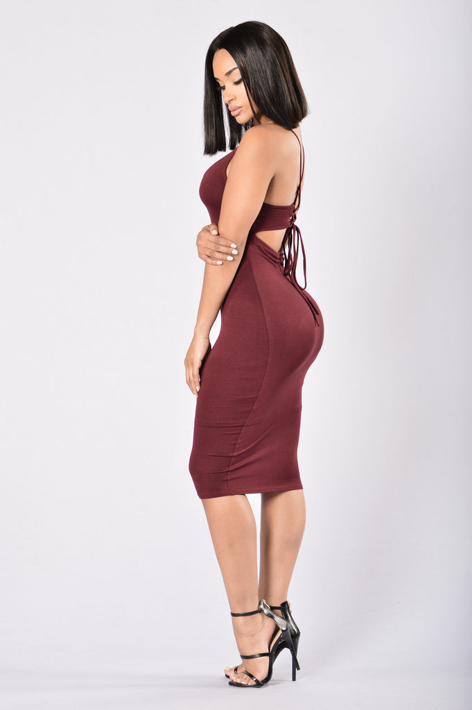 Amaya Dress - Burgundy