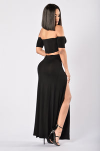 Queen of Everything Skirt - Black Angle 5