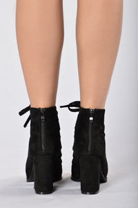 Don't Tie Me Down Heel - Black