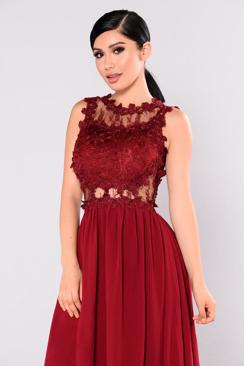 Halley Lace Maxi Dress - Wine