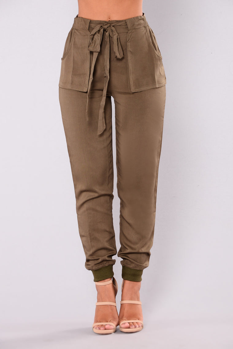 Whitney Woven Pants - Olive