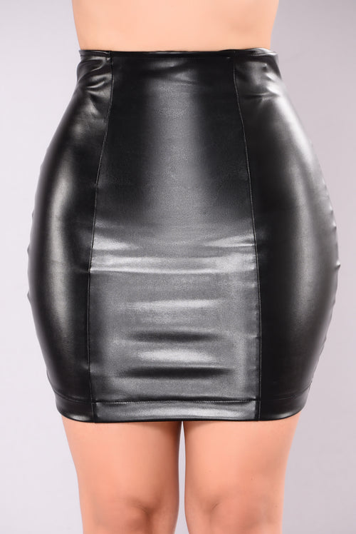 Carlibell Faux Leather Skirt - Black