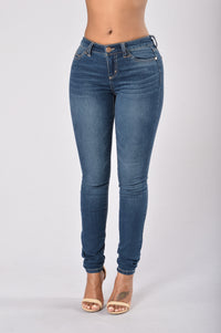 Weekday Skinny Jean - Medium Wash