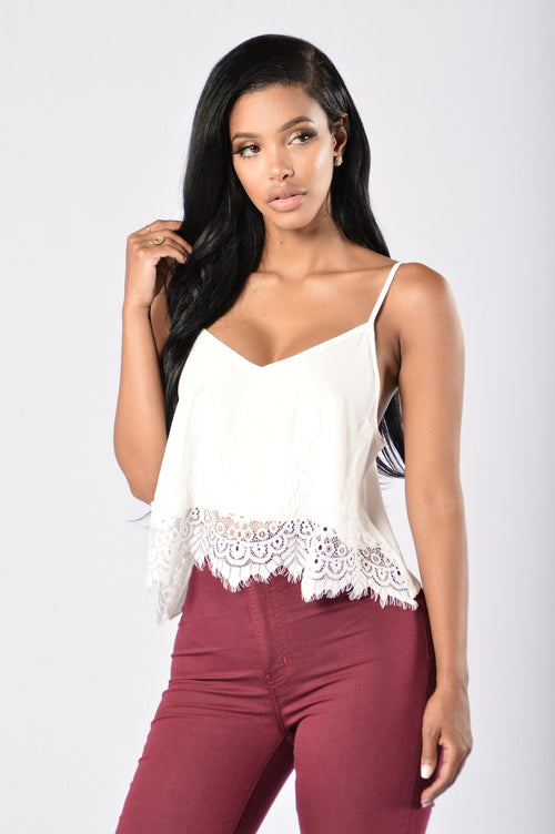 Hidden Meadow Top - White