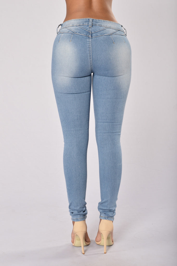 Bump it Up Colombian Jeans - Light Blue