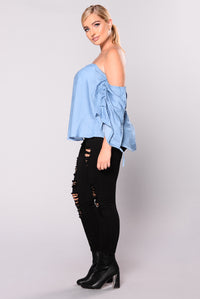 Harlow Off Shoulder Top - Light Denim