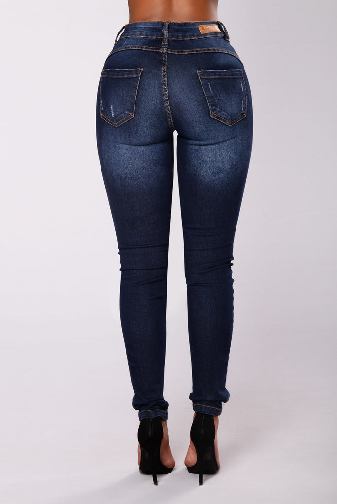 Extra Luv Booty Sculptin Jeans - Dark Denim