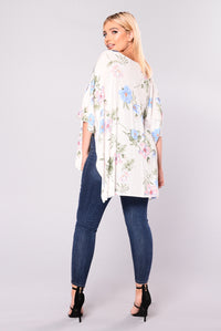 Ride The Side Top - Ivory/Blue