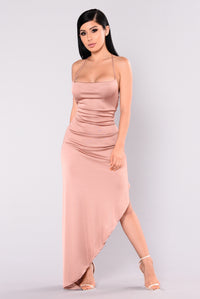 Kera Maxi Dress - Rose Gold