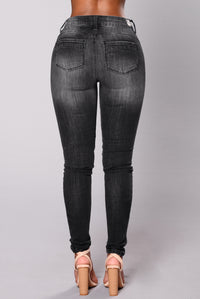 Bringing Sexy Back Sculpting Jeans - Black