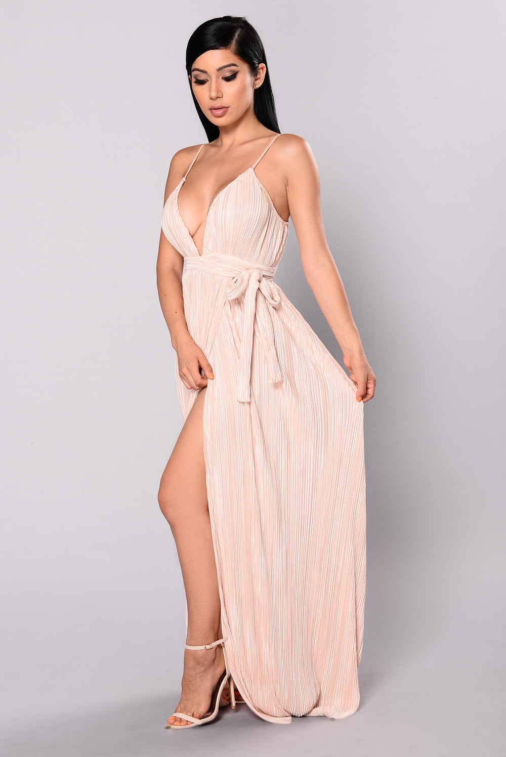 Feeling Fancy Maxi Dress - Champagne