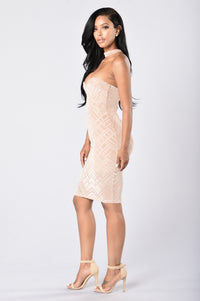 Mysterious Woman Dress - Taupe