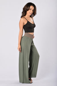Easy Lazy Day Pants - Olive Angle 6