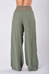 Easy Lazy Day Pants - Olive Angle 3