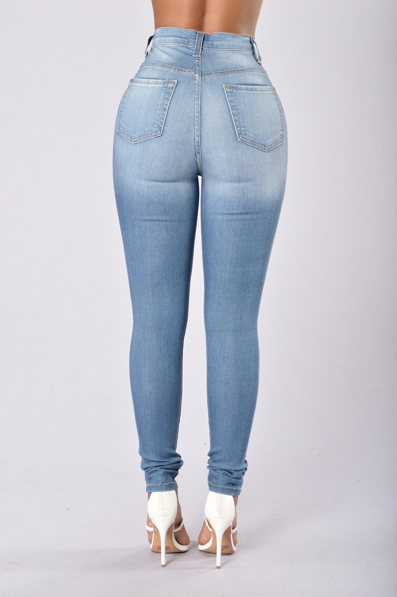 6f70200dbd Gigi Jeans - Medium Blue