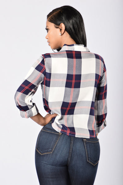 Kristen Flannel Top - Navy/White