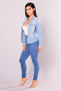 Drea Chambray Top - Medium Wash