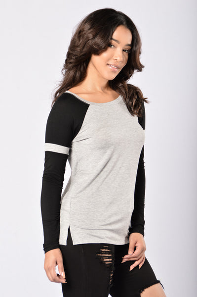 Tailgate Top - Heather Grey/Black