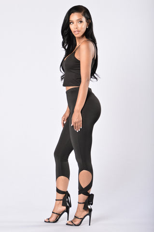 Clingy Leggings - Black