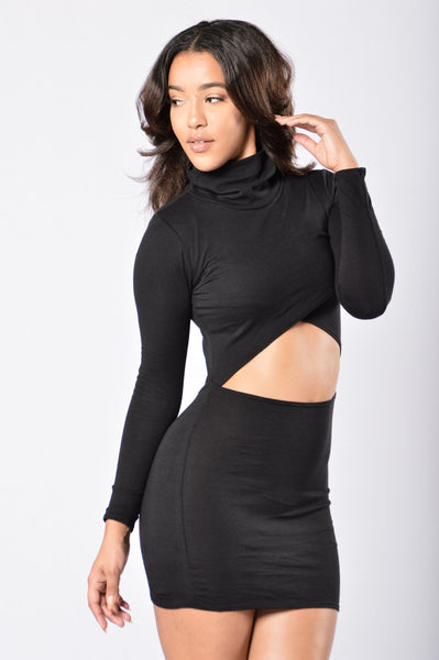 The Peep Show Dress - Black