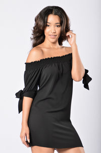 Room for Happiness Dress - Black Angle 4