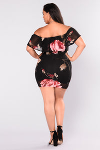 Love Me Not Floral Dress - Black/Red