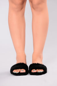 Dream Fur Slider - Black