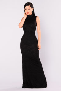 Maddie Maxi Dress - Black