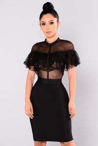 Kaye Lace Ruffle Dress - Black