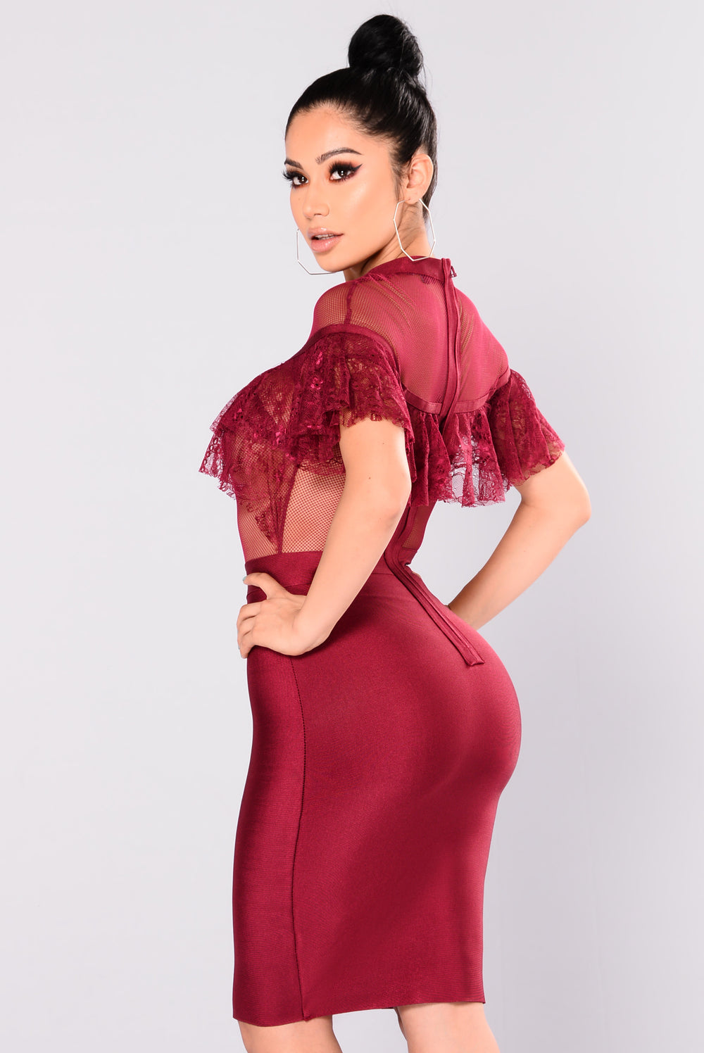 Kaye Lace Ruffle Dress - Merlot