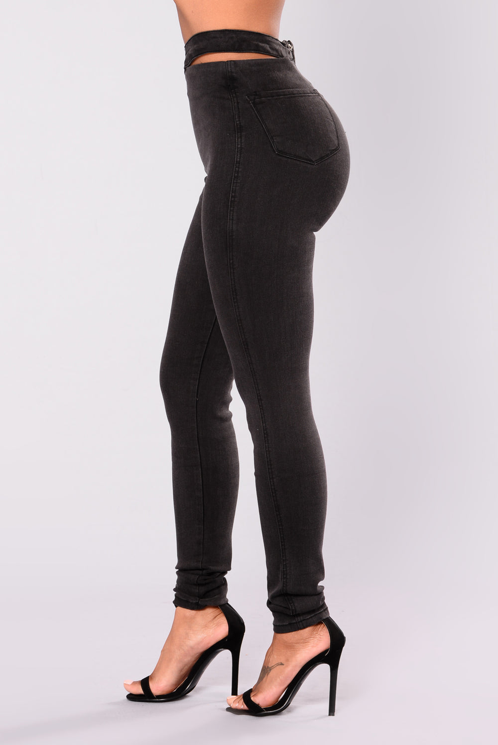 The black color will go with anything, and gives it a rock and roll feel. The knee slashes add a fun funky touch to these pants. The denim material is durable and will fit you like a glove.