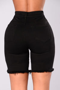 Kady Bermuda Shorts - Black