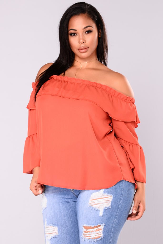 Wife Goes On Off Shoulder Top - Rust