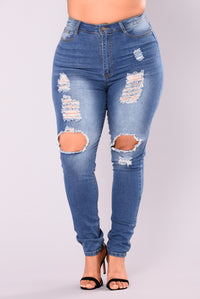 Say Yes To Distress Jeans - Medium Wash