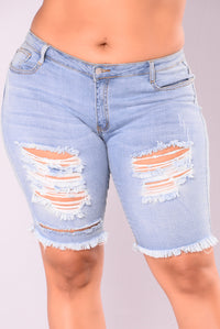 Lulu Shorts - Light