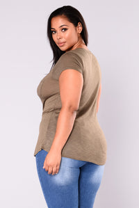 Baesic Top - Olive