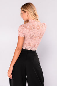 Gina High Neck Lace Top - Dusty PInk
