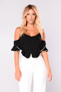 Story Of A Girl Ruffle Top - Black