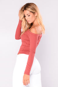 Overdrive Off Shoulder Top - Marsala
