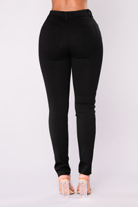 Bottoms Up Booty Shaping Ponte Pants - Black