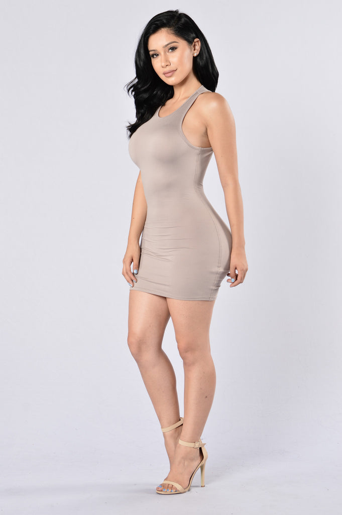 Twist and Snap Fitted Dress - Taupe