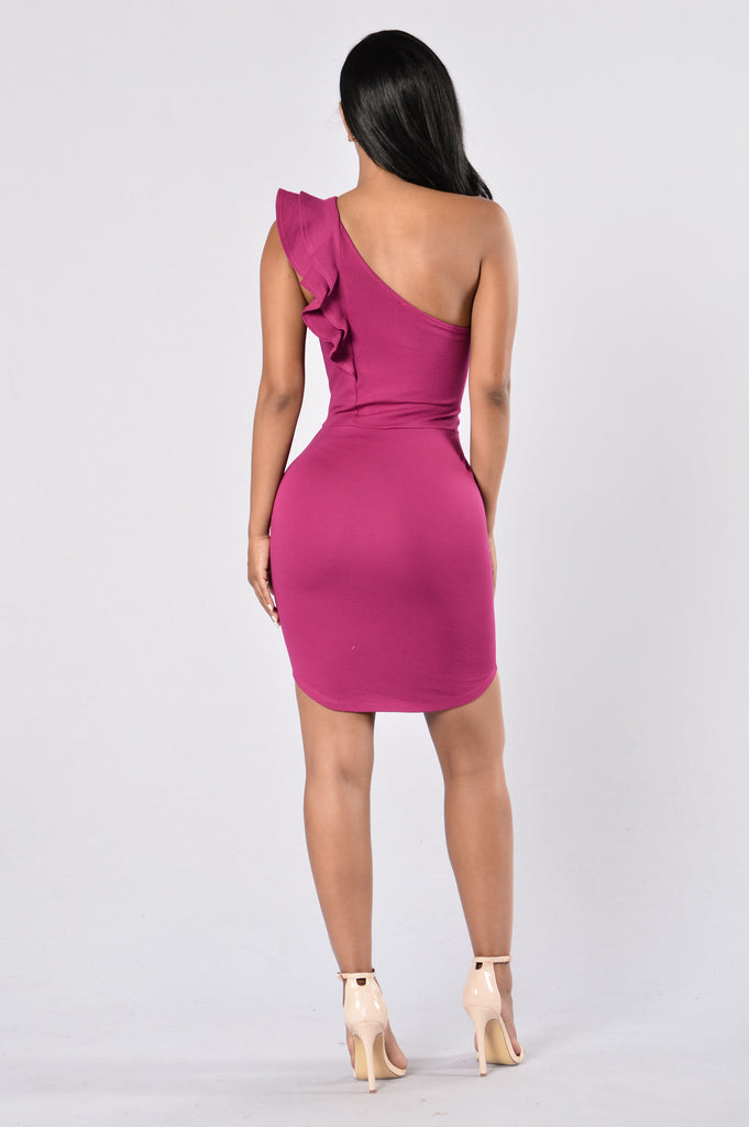 Ruffle My Feathers Dress - Magenta