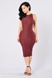 Stick To Me Dress - Burgundy