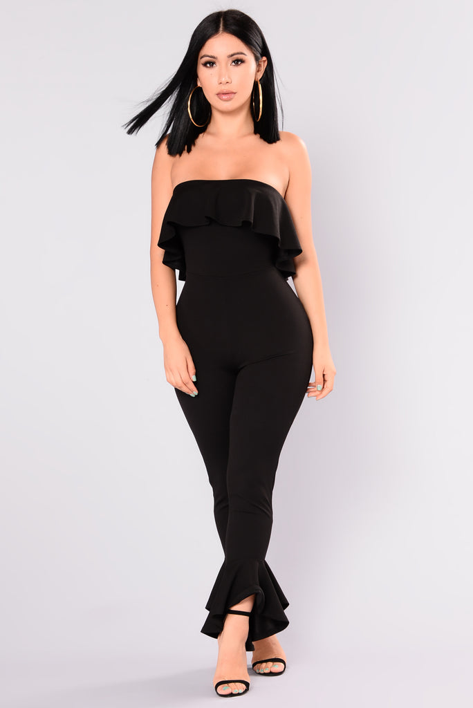 Diane Von Furstenberg Womens Black Silk Halter Ruffle Top Jumpsuit SZ 0. $ 2 bids. 12 watching; Diane Von Furstenberg. Net proceeds from the sale of these goods and financial donations from the community make it possible for us to operate our .